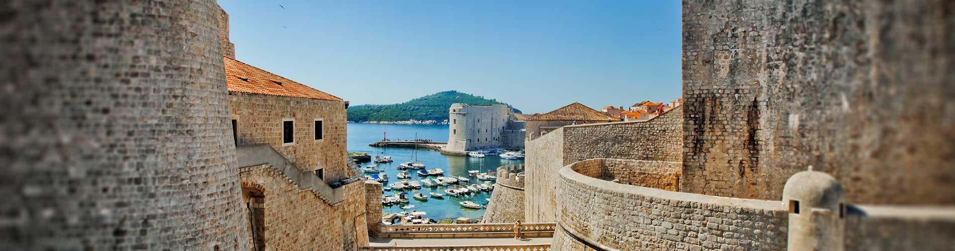 Dubrovnik old city Croatia fortress.jpg