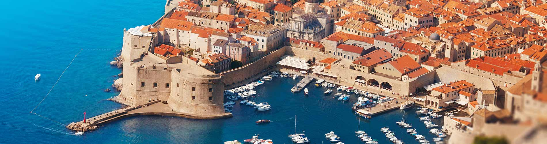 Dubrovnik old city Port.jpg